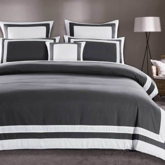 Queen Size White Square Pattern Charcoal Grey Quilt Cover Set (3PCS) 1