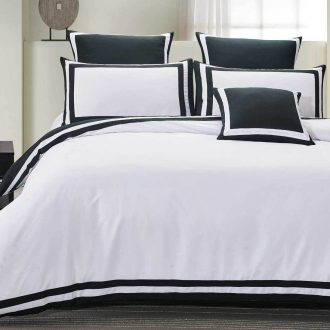King Size Charcoal and White Square Patter Quilt Cover Set (3PCS) 1