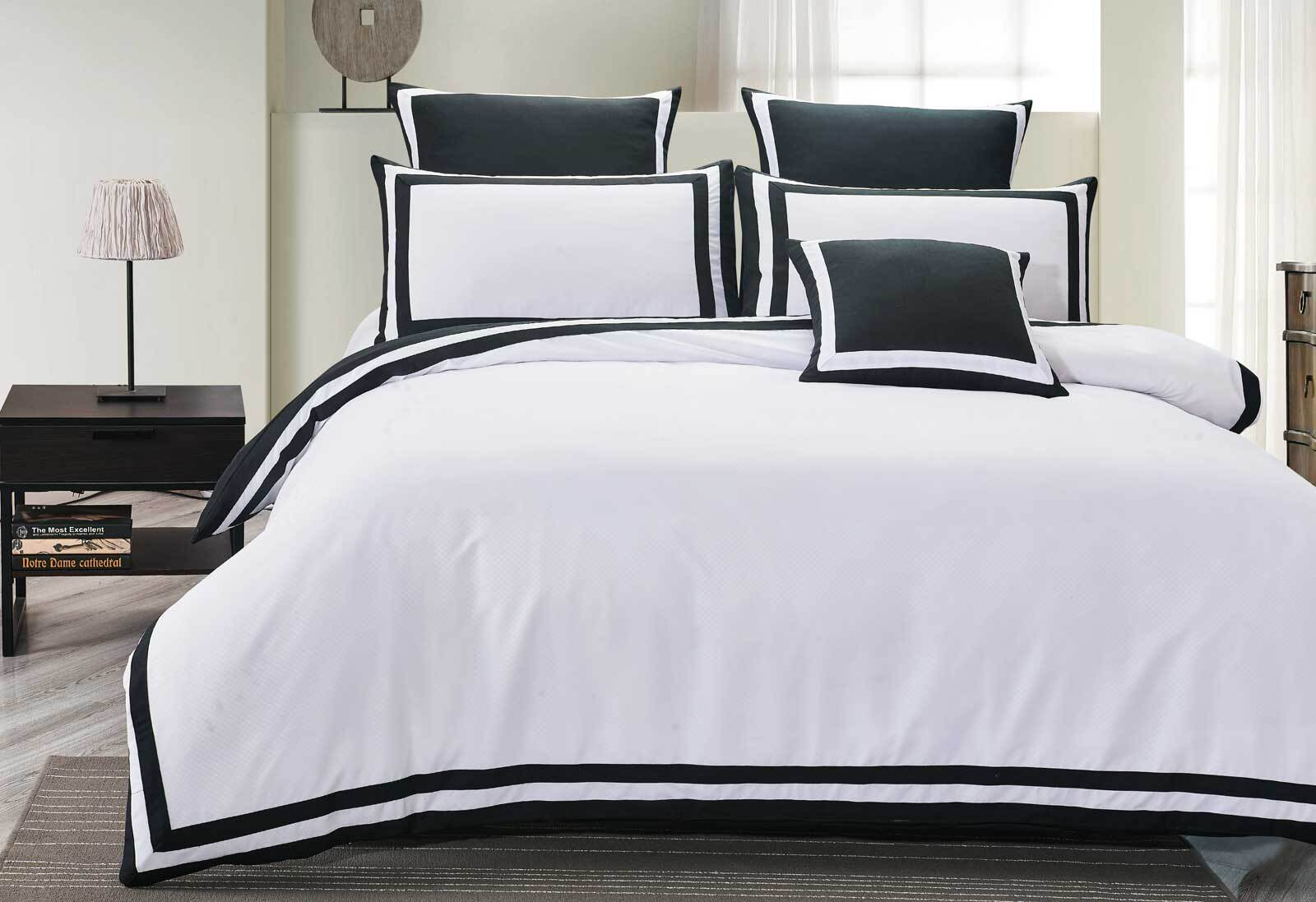 Super King Size Charcoal and White Square Patter Quilt Cover Set (3PCS) 1